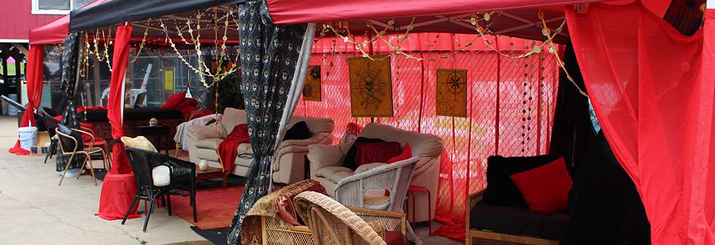 The Oasis: A lavishly decorated lounging area, with a pirate theme